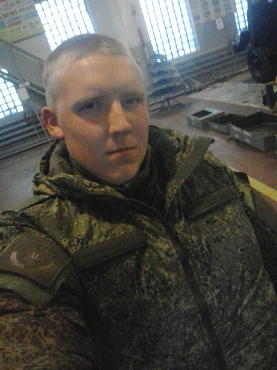 Знакомства Хабаровск, фото парня Андрей, 23 года, познакомится для любви и романтики, cерьезных отношений