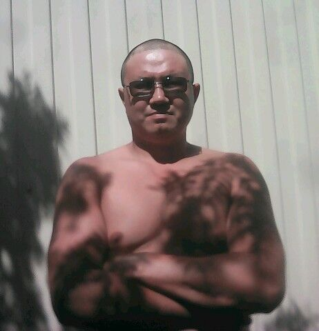 Знакомства Куйбышев, фото мужчины Равиль, 38 лет, познакомится для флирта, любви и романтики, cерьезных отношений