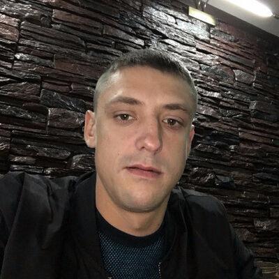 Знакомства Печора, фото мужчины Евгений, 33 года, познакомится для флирта, любви и романтики, cерьезных отношений