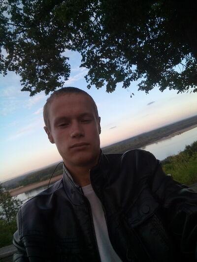 Фото мужчины Миша, Киров, Россия, 19
