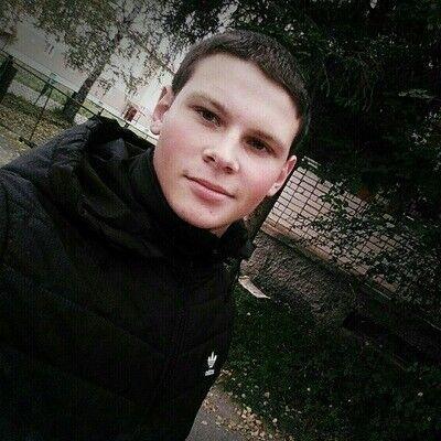 Знакомства Порхов, фото парня Алексей, 23 года, познакомится для флирта, любви и романтики, cерьезных отношений