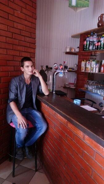 Фото мужчины Максим, Киев, Украина, 21