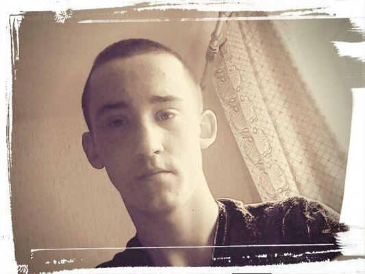Фото мужчины Дмитрий, Городок, Беларусь, 19