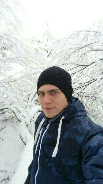 Знакомства Тула, фото мужчины Вадим, 28 лет, познакомится для флирта, любви и романтики, cерьезных отношений