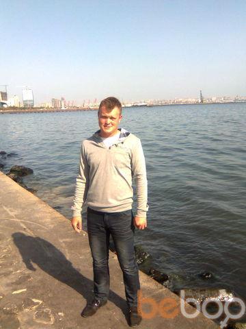 Фото мужчины смотряший, Баку, Азербайджан, 27