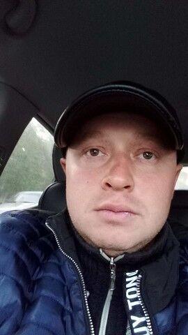 Знакомства Саратов, фото мужчины Евгений, 34 года, познакомится для флирта, любви и романтики, cерьезных отношений