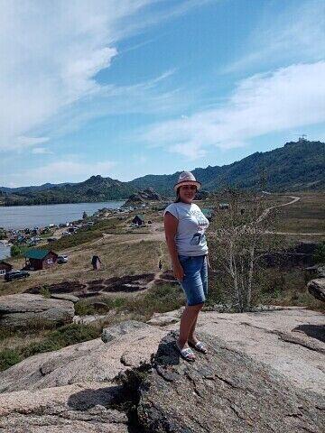 Знакомства Алейск, фото девушки Ольга, 34 года, познакомится для флирта, любви и романтики, cерьезных отношений