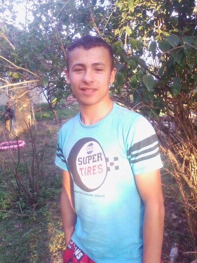 Фото мужчины Александр, Кельменцы, Украина, 20